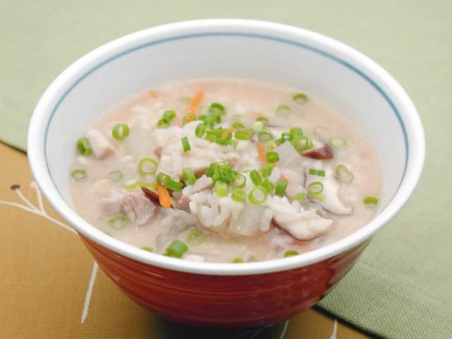 鶏の味噌仕立て雑炊