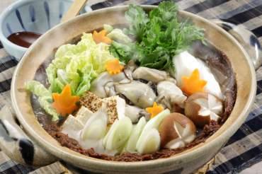 牡蠣の土手鍋(広島県)