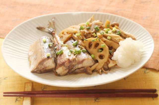 きのこと秋刀魚の煮物