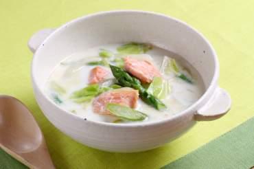 鮭ときゃべつのミルクスープ