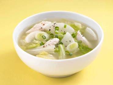 野菜たっぷり!大根と白菜のスープ