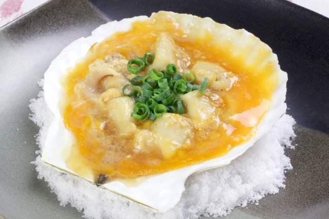 ホタテ貝の貝焼き(青森県)