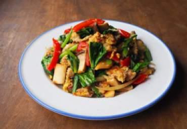 野菜と紅生姜の生姜焼き