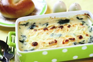 茹で卵とほうれん草のグラタン